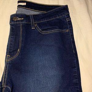 """711 Skinny"" Levi's Jeans"